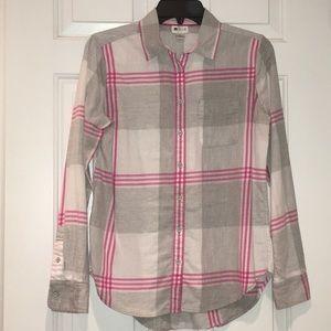 Stylus buttons down shirt